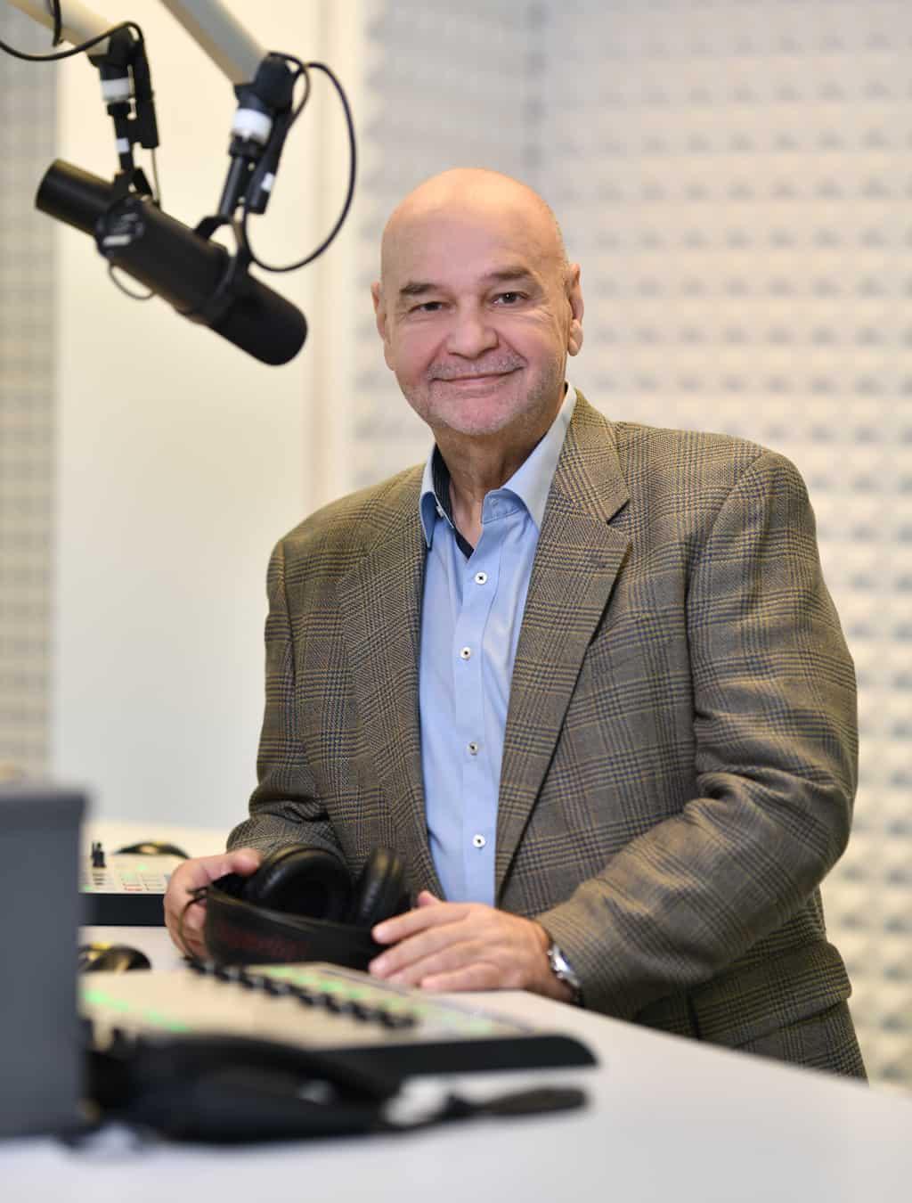 Thomas Göller am Mikrofon
